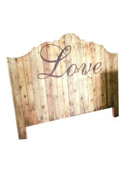 Testiera del letto in legno riciclato